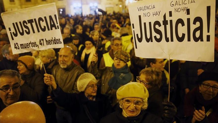 Una carrera de 100 km conmemora las 100 concentraciones de víctimas del metro