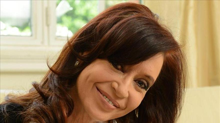 Simón, el nuevo perro de la presidenta argentina, estrella en las redes sociales