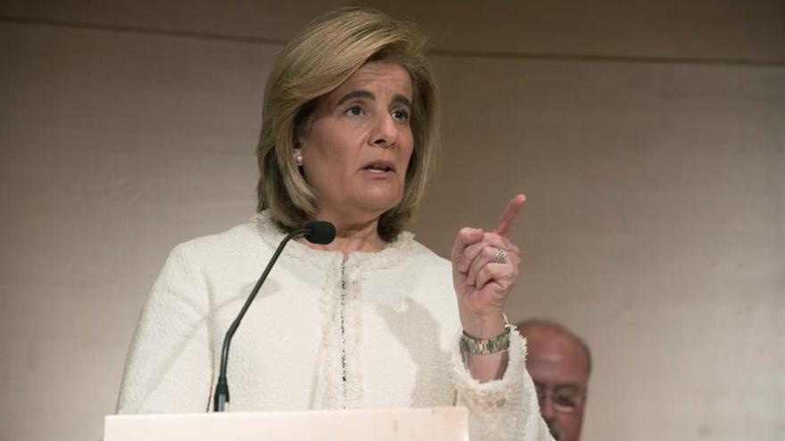 Los sindicatos reprochan a Báñez su actitud ante la revalorización de las pensiones