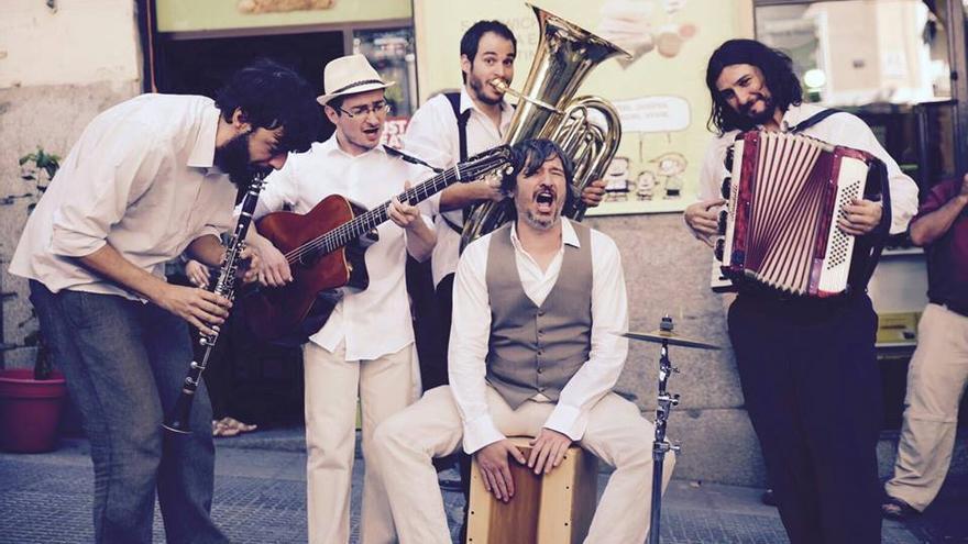 Jingle Django es uno de los grupos que estarán en el Festival Plaza Sonora