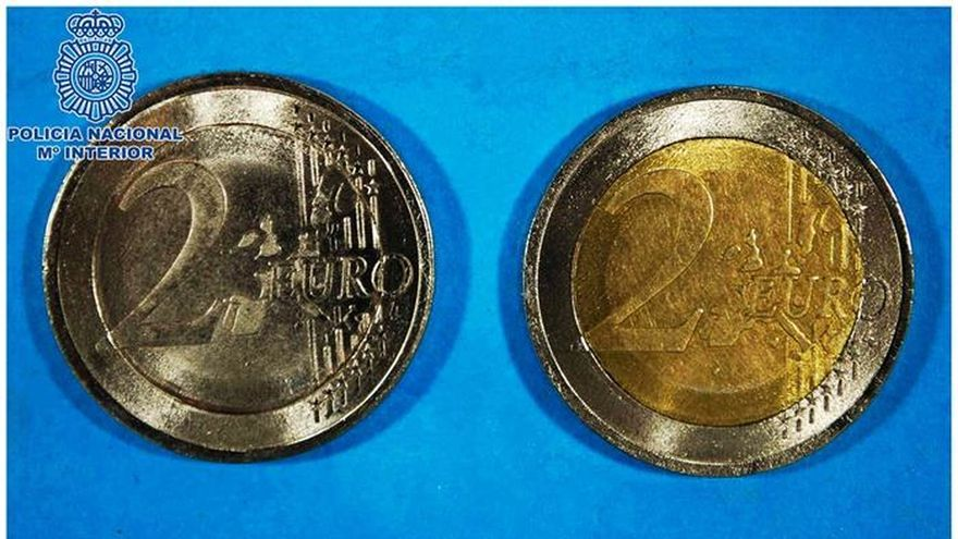 Intentaron timar a comerciantes de Alcorcón con 139 monedas falsas de dos euros