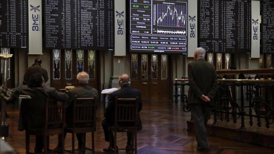 El IBEX sube un 0,30 % y pasa de 10.600 confiado en una solución para Grecia