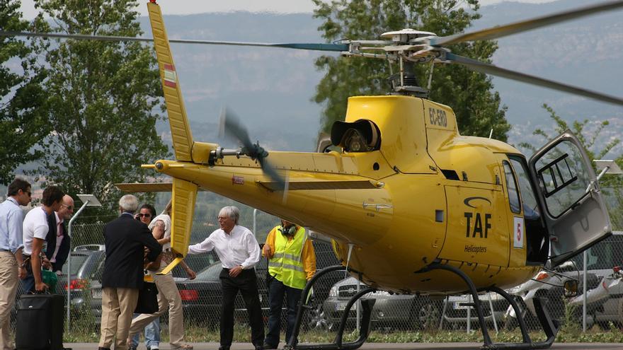 Ecclestone opta por llegar en helicóptero a la F1 / Javier O. Figueiral