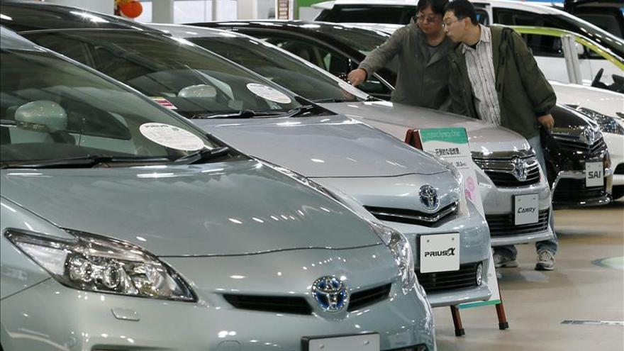 Toyota retoma el liderazgo mundial de ventas en un año récord para Japón