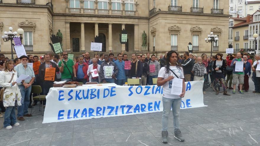 SOS Racismo Álava presenta una demanda de conciliación contra De Andrés y reclama 79.296 euros por los daños ocasionados
