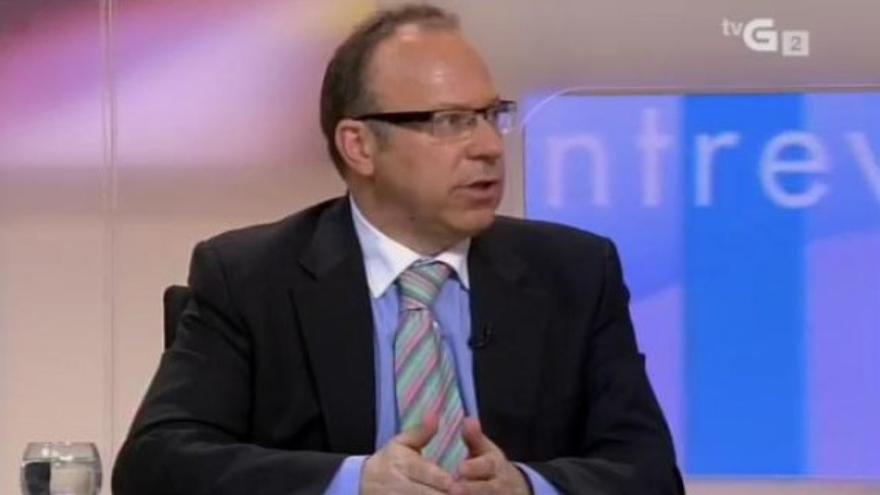 Antonio Roma, anterior fiscal del caso de Angrois, en una entrevista en la TVG