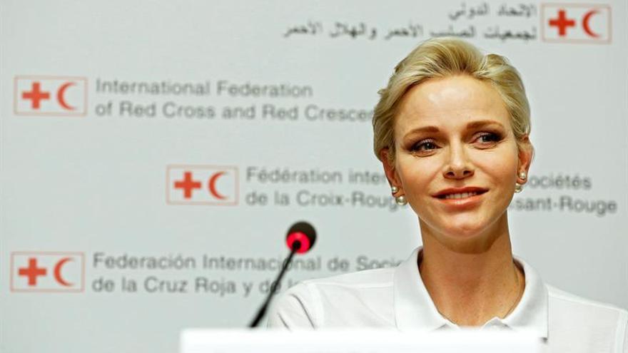 La princesa Charlene apoya la petición de que los niños aprendan primeros auxilios en la escuela