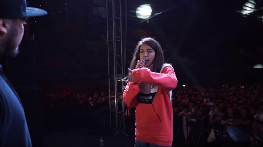 Sara Socas, durante la batalla de freestyle de Otuma, en México