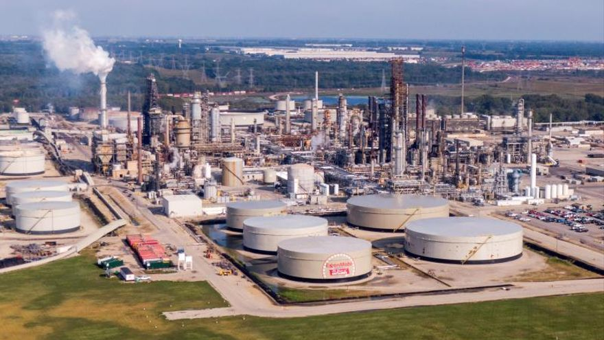 A photo shot from a drone shows the Exxon Mobile oil refinery operating in Channahon, Illinois, USA, 17 September 2019.