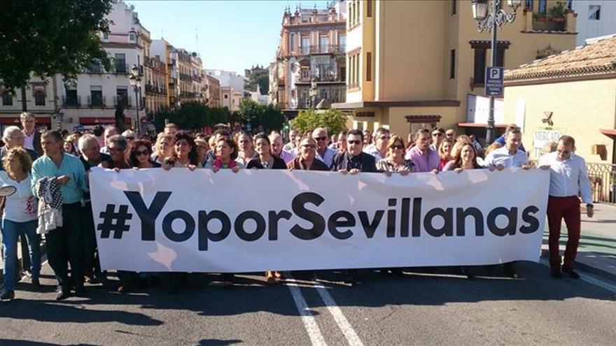 Manifestación en apoyo a las sevillanas el pasado 8 de noviembre en Sevilla.