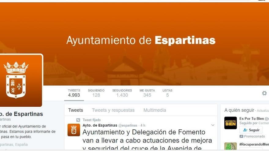 El actual perfil de Twitter del Ayuntamiento, dominado por el color oficial de Ciudadanos.