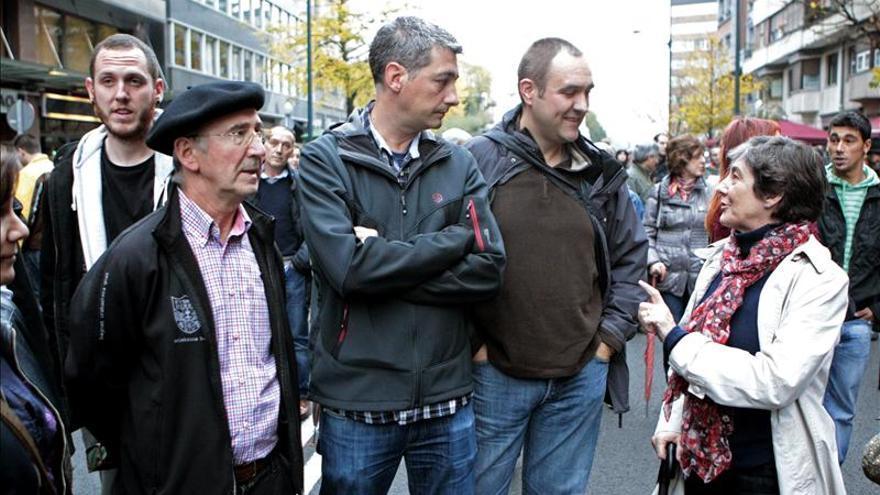 Llaman a declarar a Tasio Erkizia tras participar en un escrache ante la BBK