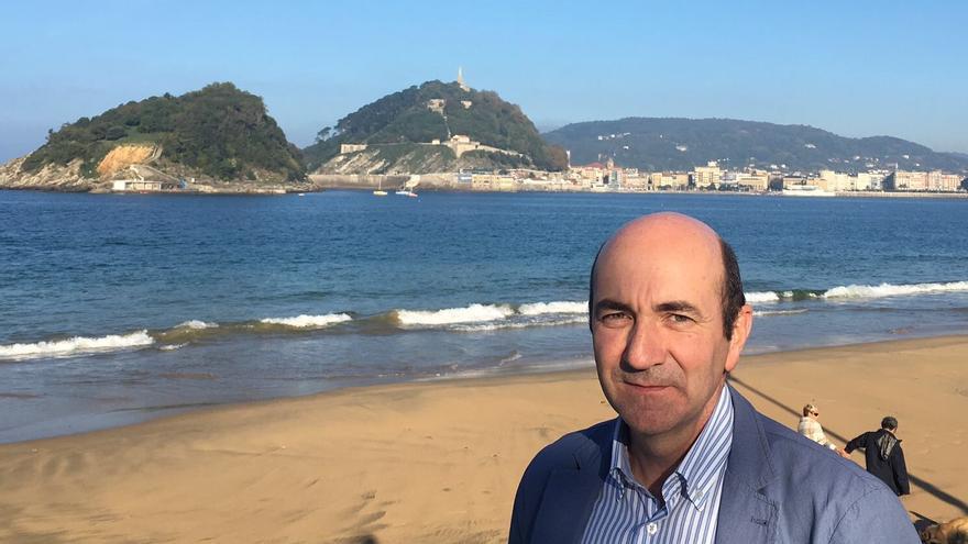 El periodista y profesor en la Universidad de Navarra Javier Marrodán.