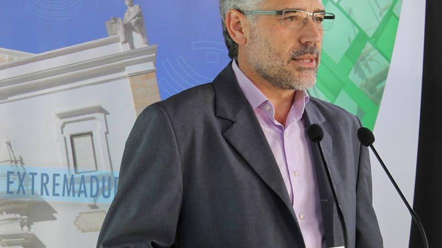 Imagen de Valentín García, portavoz del Grupo Parlamentario Socialista en la Asamblea de Extremadura