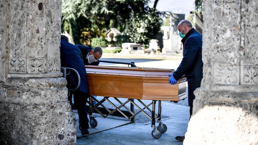 Funeral en Roma / Claudio Furlan