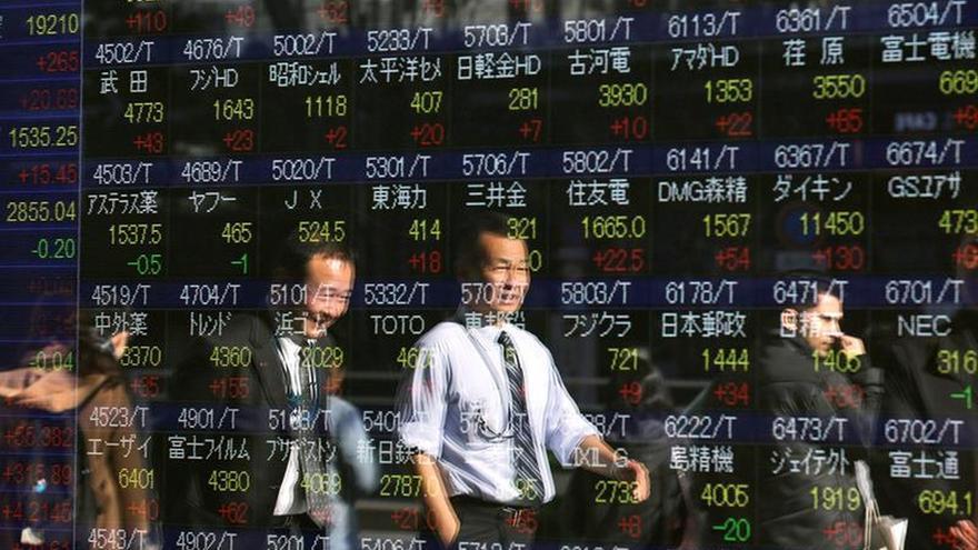 La Bolsa de Tokio abre con un retroceso del 0,9 %