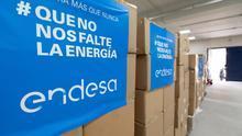 Cajas de mascarillas donadas por  Endesa.