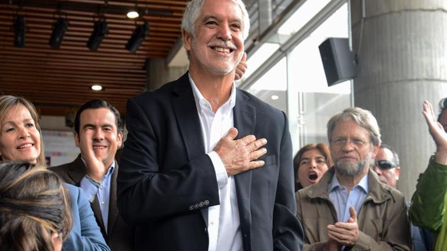 El alcalde de Bogotá promoverá un proyecto de ley contra la tauromaquia en la capital