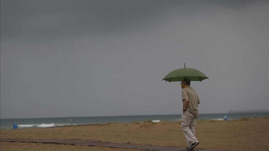 Protección Civil alerta por tormentas a las Baleares y a Cataluña
