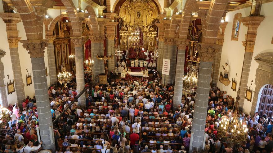 Misa de la Virgen del Pino en la Basílica de Teror (ALEJANDRO RAMOS)