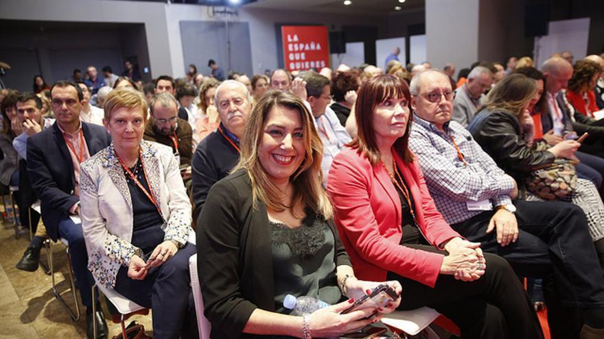 Susana Díaz con la agrupación andaluza en el Comité Federal del PSOE.