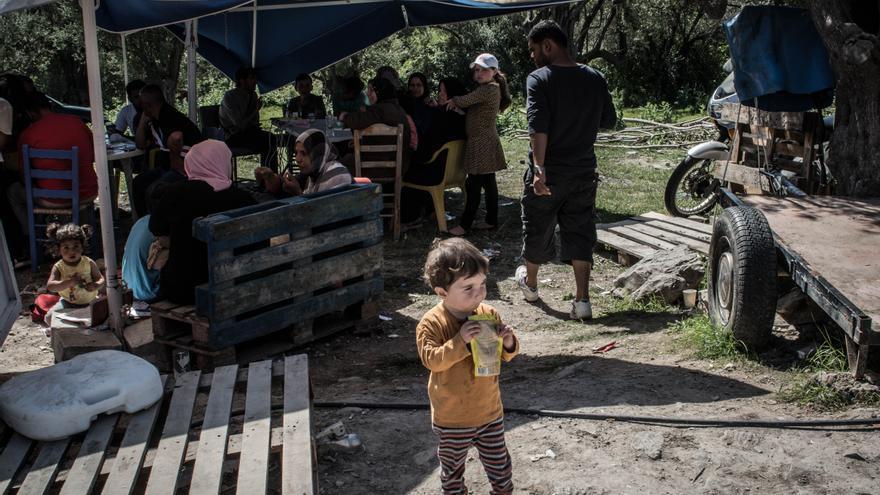 Refugiados en el centro de Kara Tepe en Lesbos (ANKOR RAMOS)