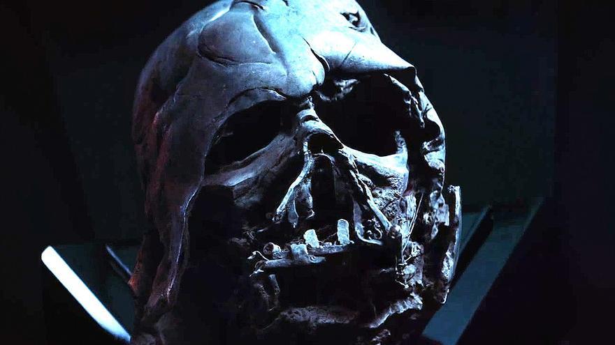 El casco destruido de Darth Vader