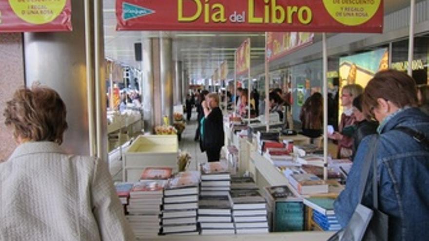 Libros, Libro, Sant Jordi, Parada, Lectores