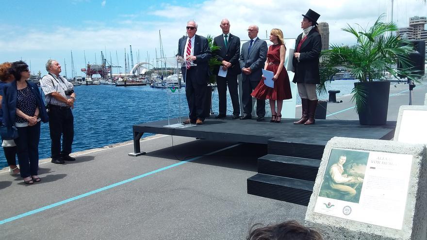 Imagen del acto celebrado este miércoles en el puerto capitalino