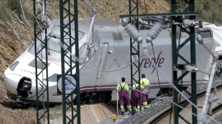 El tren circulaba a 192 km/h poco antes del descarrilamiento.