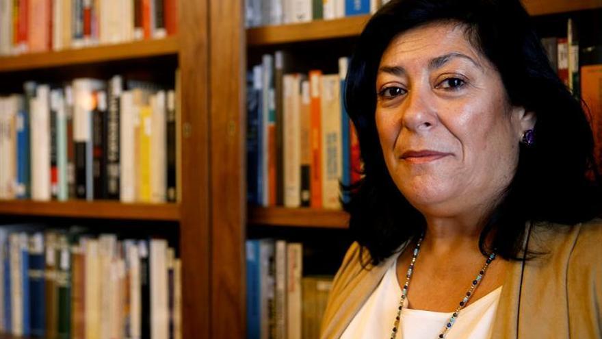 """Almudena Grandes alerta de un fascismo con """"cáscara progresista"""" en la era Trump"""