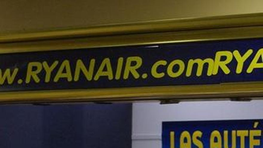 Mostrador en el areopuerto de Ryanair