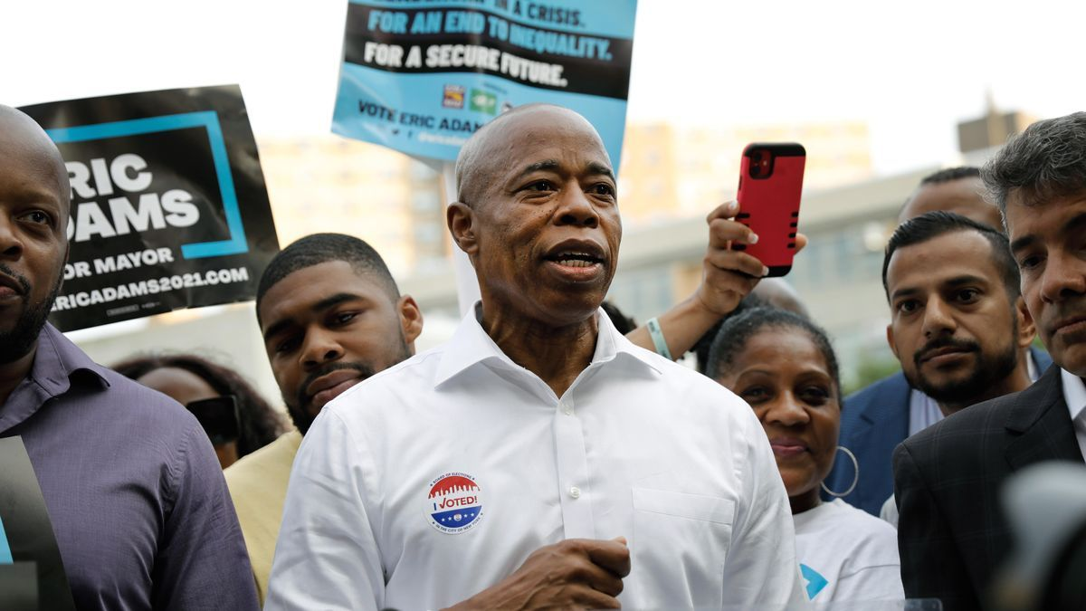 El candidato en las elecciones primarias a la Alcaldía de Nueva York Eric Adams.