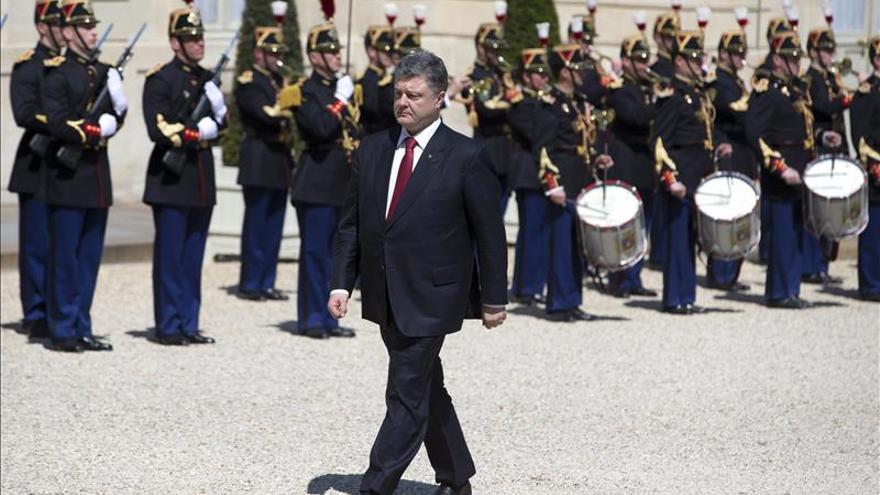 Poroshenko alerta sobre la tendencia al agravamiento de hostilidades en Ucrania