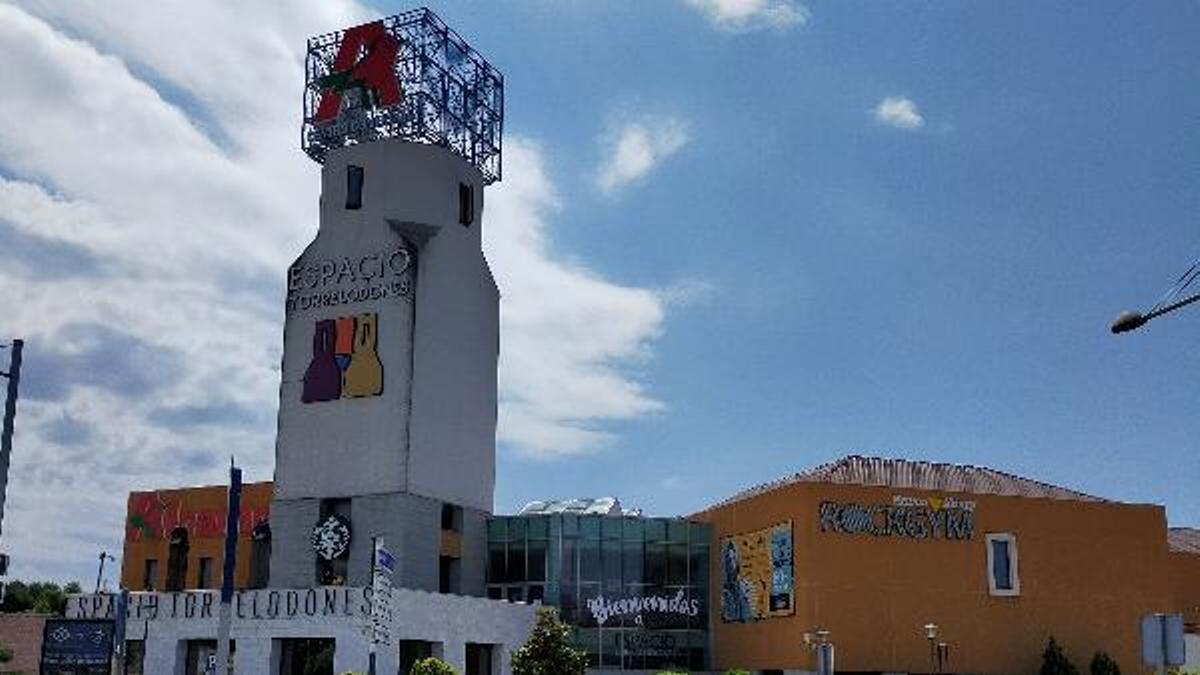 Centro Comercial Espacio, Torrelodones (Madrid).