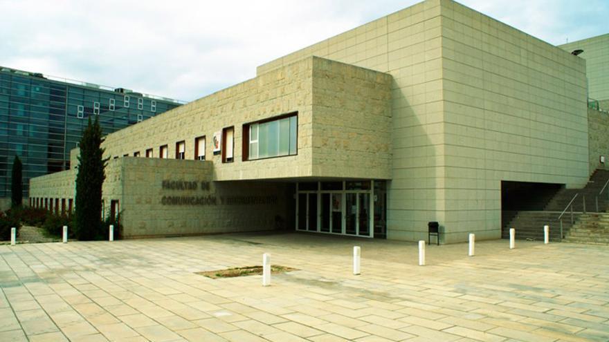 Facultad de Comunicación y Documentación