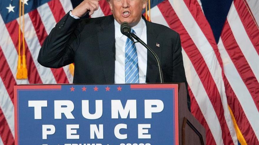 Trump promete expulsar de EE.UU. a cerca de tres millones de indocumentados