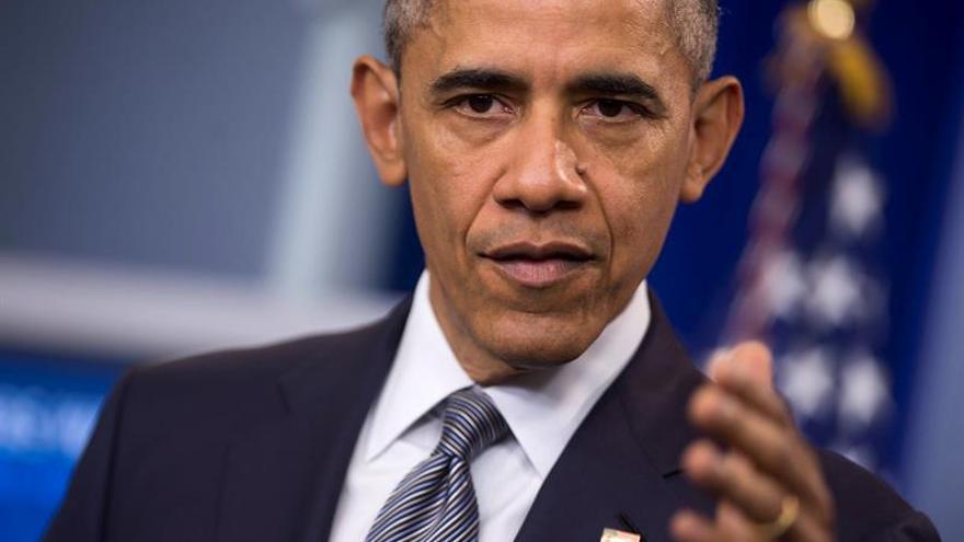 """Obama mantendrá el secreto sobre el """"Área 51"""" pero Clinton promete romperlo"""