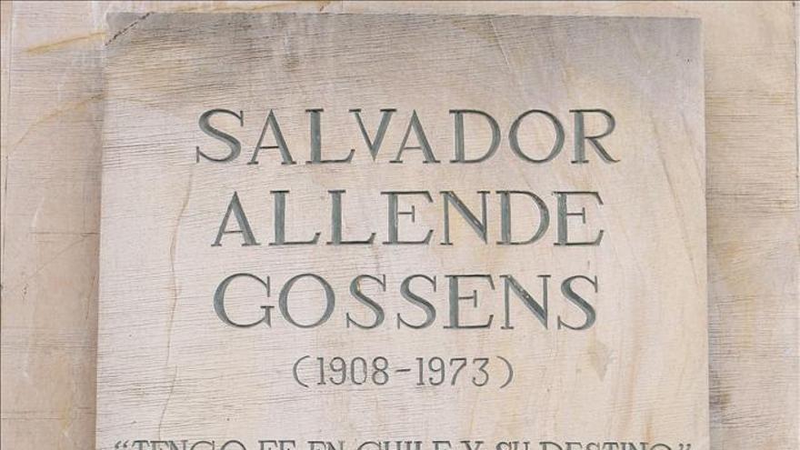 Parlamentarios europeos y latinoamericanos rinden un homenaje a Allende en Chile
