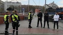 Patrullas de policías y militares. Muchas incertidumbres