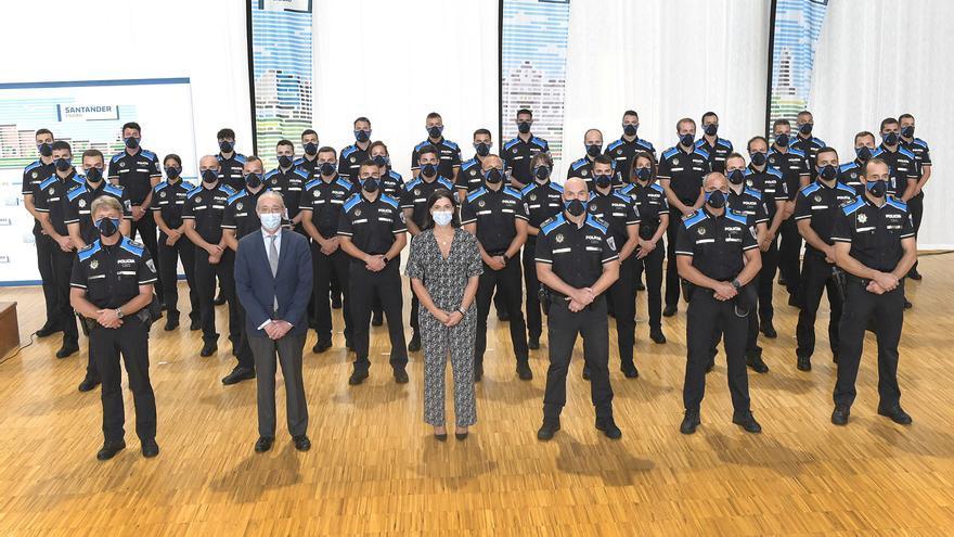 Toma de posesión de los 36 nuevos policías locales