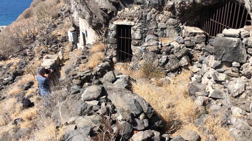 Las Cuevas de Juan Graje se encuentran en el Camino Real de El Time.