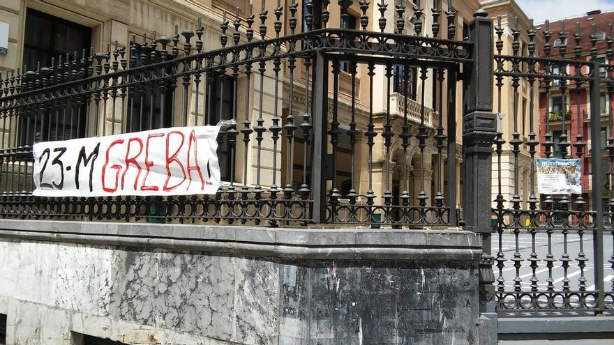 """ELA, LAB y Steilas dicen que la huelga en enseñanza pública no universitaria """"ha vuelto a tener un gran seguimiento"""""""