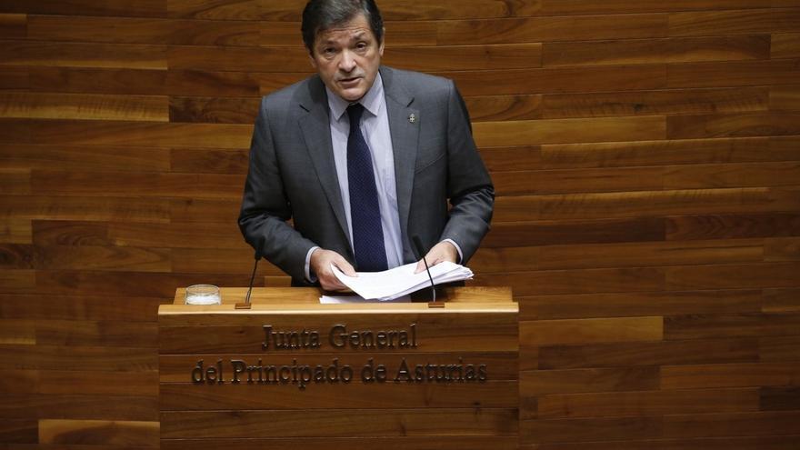 El presidente de Asturias ve muy difícil reformar hoy la Constitución por la falta de consenso