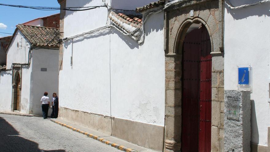 Entrada al monasterio de Pedroche