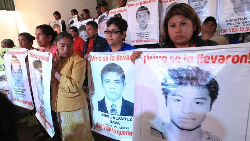 Informe de forenses da alas a padres de estudiantes desaparecidos en México