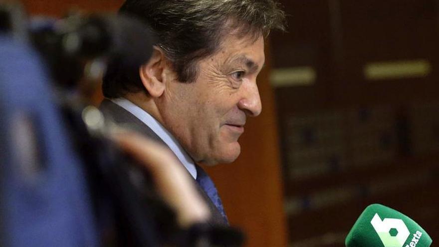J.Fernández dice que el acuerdo en el País Vasco atrae al PNV a la moderación