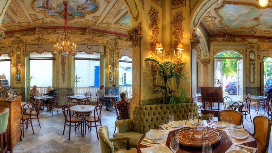 Café Royalty, en Cádiz.