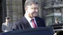 Poroshenko firma un plan de acción para recibir asistencia de la OCDE