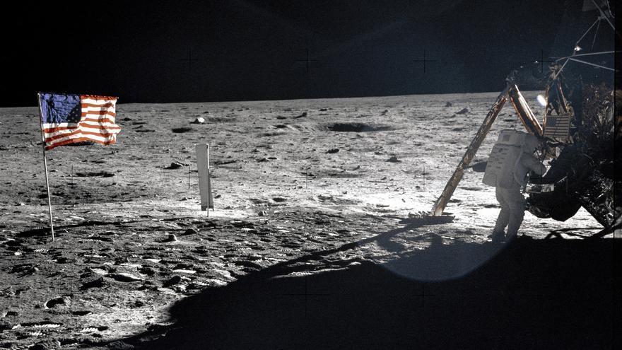 La restauración de las cintas de vídeo fue un reto del que los trabajadores salieron airosos (Imagen: NASA on The Commons | Flickr)